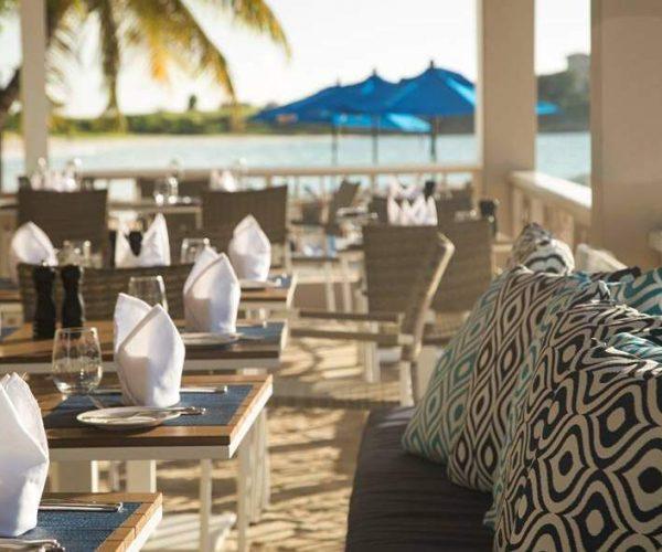 Dickenson_Bay_restaurants