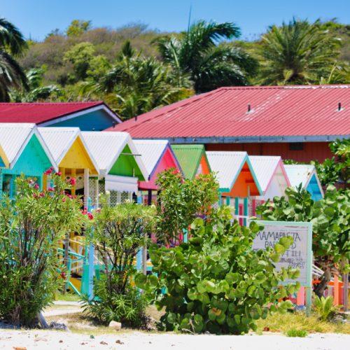 restaurants-in-Long-Bay-beach